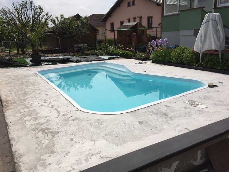 piscine-before